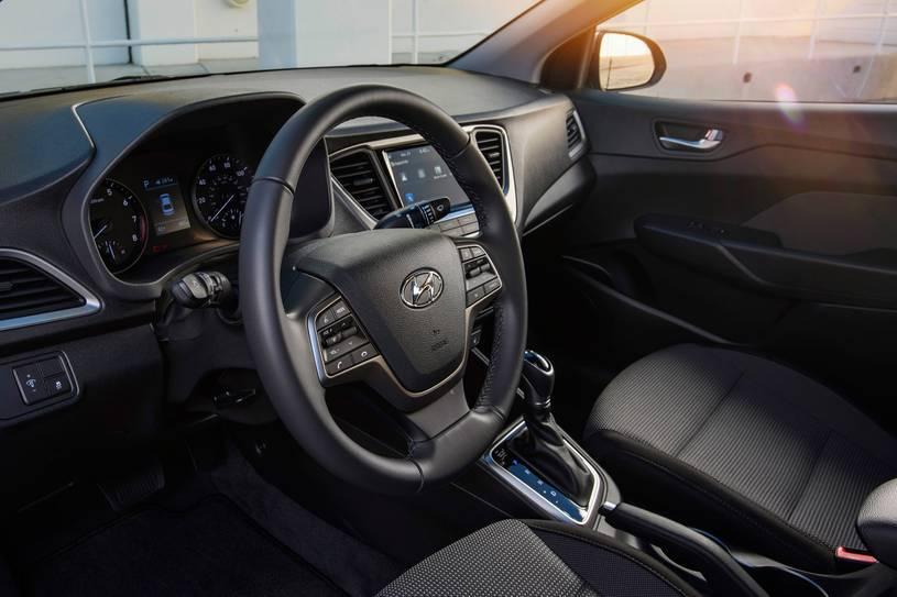 Hyundai Accent 2021 салон