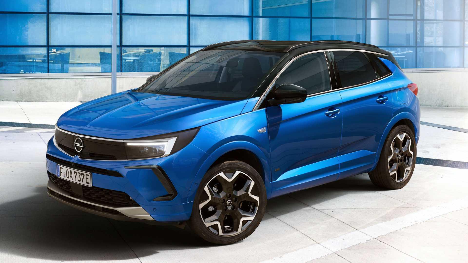 Opel Grandland 2022 года